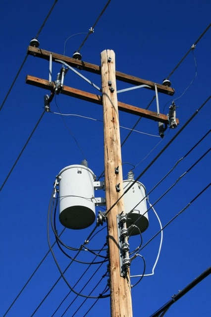 The proposed rules would treat internet access like a public utility uner Title II regulation.